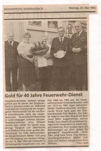 Gold für 40 Jahre Feuerwehr-Dienst - Kreiszeitung Wesermarsch vom 25. Mai  1992